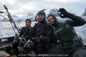 Happy orca divers in Norway